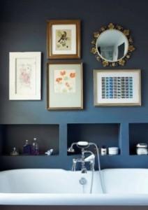 thumbs_composizione-di-quadri-e-specchi-su-fondo-blu