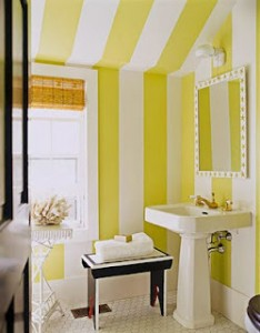 verticali gialle in mansarda