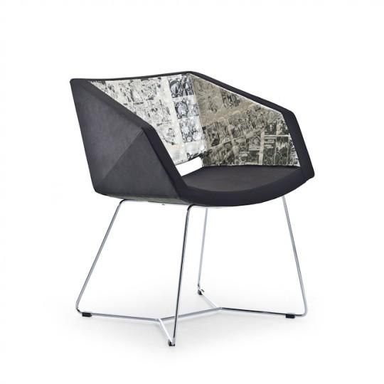 complementi sedia pezzo unico risultato della collaborazione tra midj e momaboma l'azienda divenuta famosa nel mondo per la sua filosofia del recupero dei materiali - Copia