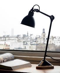 design lampada in metallo grass