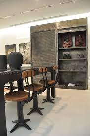 living room sgabello singer nasceva per l'industria tessile