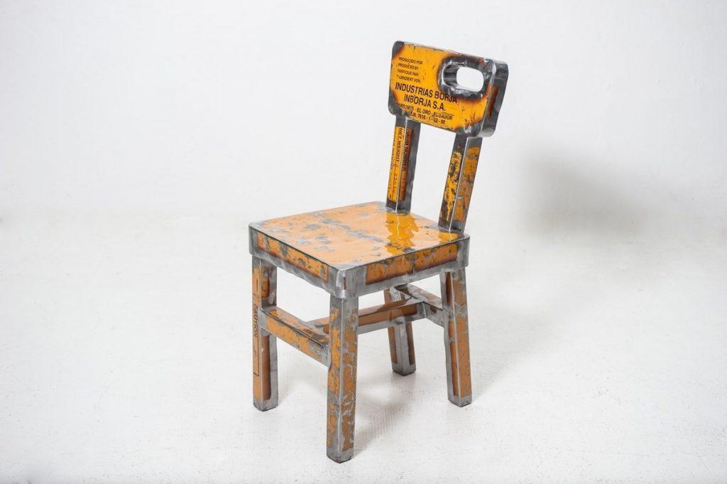 amazon-sedia-industriale-sedia-dora-numerata-101-produttore-vibrazioni-art-design-italia-colore-giallo-in-lamiera-industriale