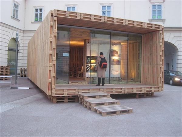 architettura padiglioni temporanei in pallet
