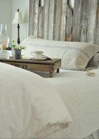 cuscino da letto lenzuola candide