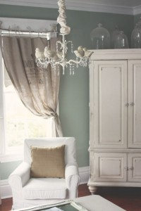 interno shabby tenda e cuscino