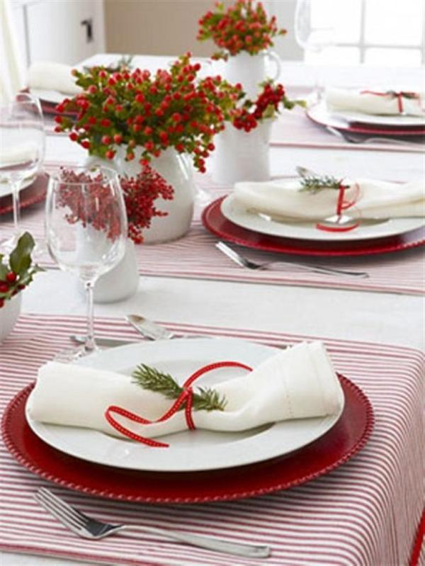 table-decorations-Christmas-Home-Interior-Decoration-Ideas-In-Red