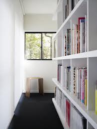 libreria in corridoio