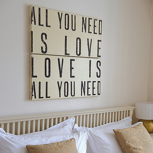 aaaalove-lettering-in-interior-decorating-22