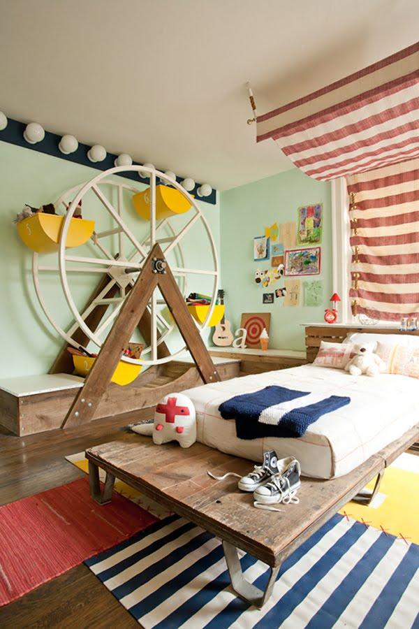 zinterno cameretta da sogno allestimento della photo stylist Kate Dixon, titolare di Artists Living Spaces, ispirato al mondo del circo