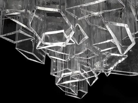 fuorisalone Officine Stendhal il ghiaccio secondo libeskind viene presentato al salone conil favoloso chandelier ICE per Lasvit