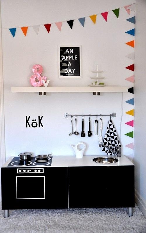 aaacomplementi fai da te Un modulo Besta dell'IKEA e tanta creatività
