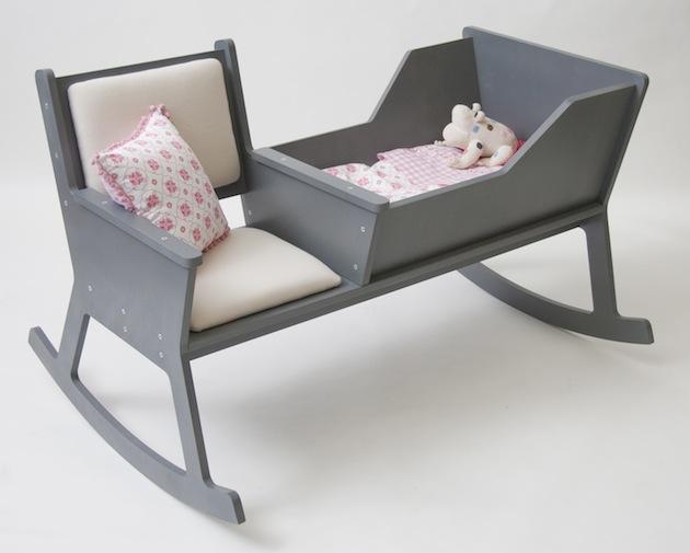design sedia a dondolo gli olandesi di ontwerpduo hanno realizzato rockid cradle chair in one una sedia a dondolo unitaa una culla