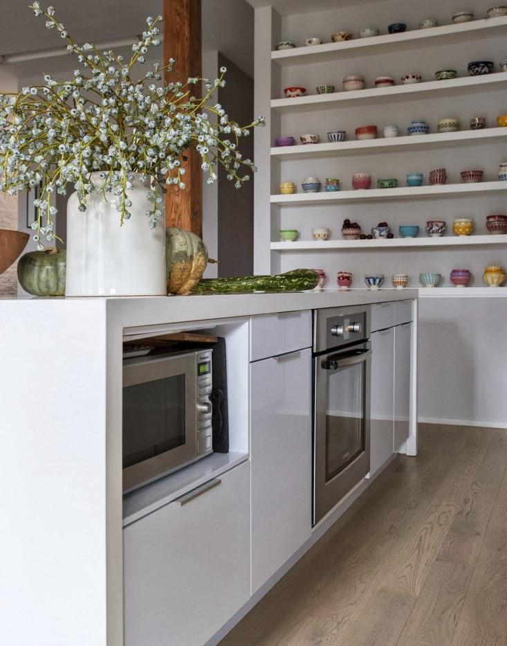 interno cucina collezione tazze