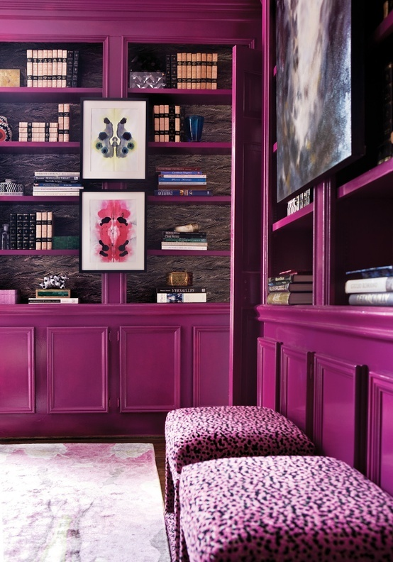 interno Radiant-Orchid-Color-Design