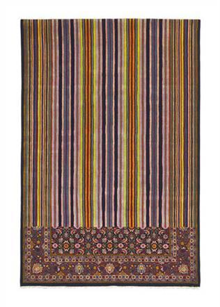 design1 interpret. mod. Geniali i tappeti dalla doppia personalità di Richard Hutten per I+I sui quali i colori che formano i complicati disegni si sciolgono in mille righe colorate