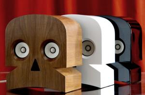 Minuskull, altoparlanti a forma di teschio disegnati dal duo Kuntzel + Deygas, prodotti realizzati a mano in francia