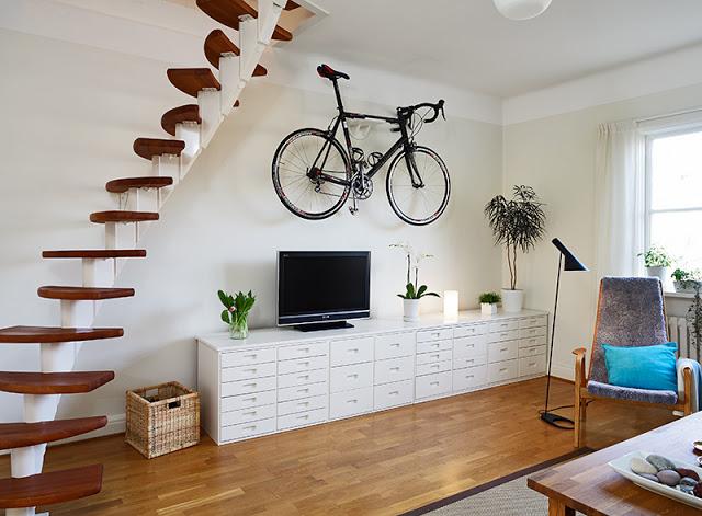 Tanti modi per arredare con le bici e rimanere in forma con due ...