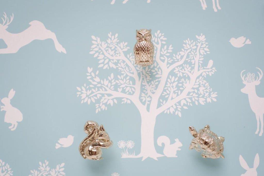 complementi pomelli firmati dalla decoratrice d'interni Daisy Diaz, che nella sua bottega fiorentina baby botteg