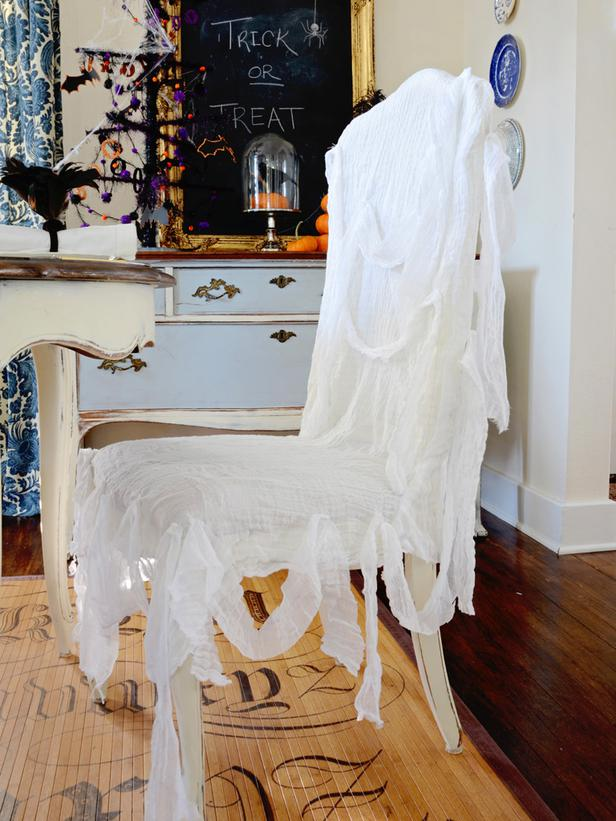 original_Marian-Parsons-Halloween-Ghost-Chair-Slipcover-Beauty_s3x4_lg