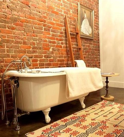 rustico colore mattoni rossi stylish-bathrooms-with-brick-walls-and-ceilings-26