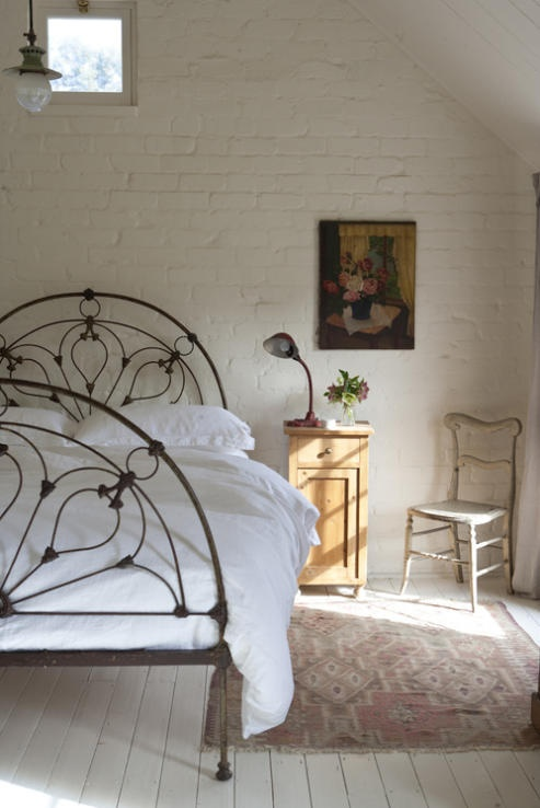 shabby rustico letto impressive-bedrooms-with-brick-walls-46