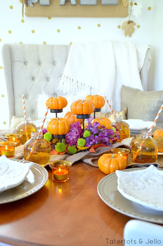 tavola fall-pumpkin-centerpiece-idea-at-tatertots-and-jello