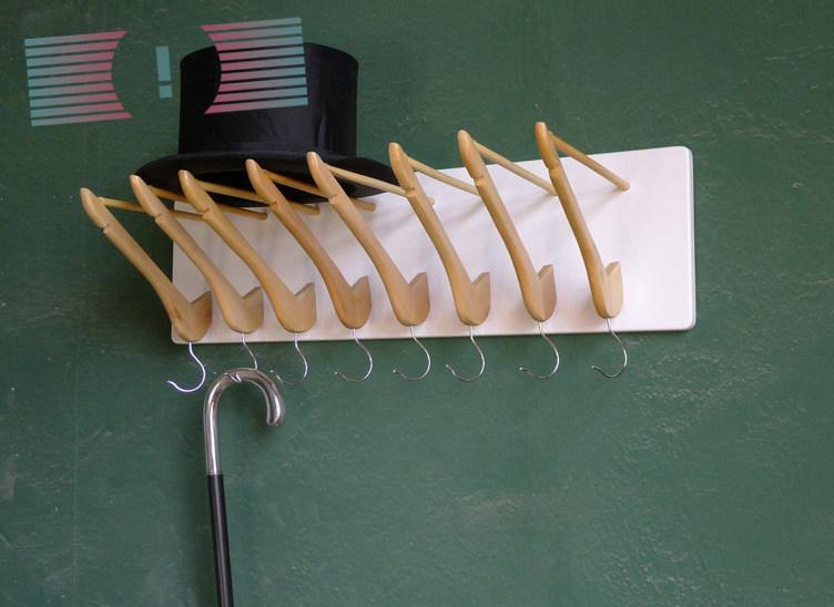 10corridoio hangers-2