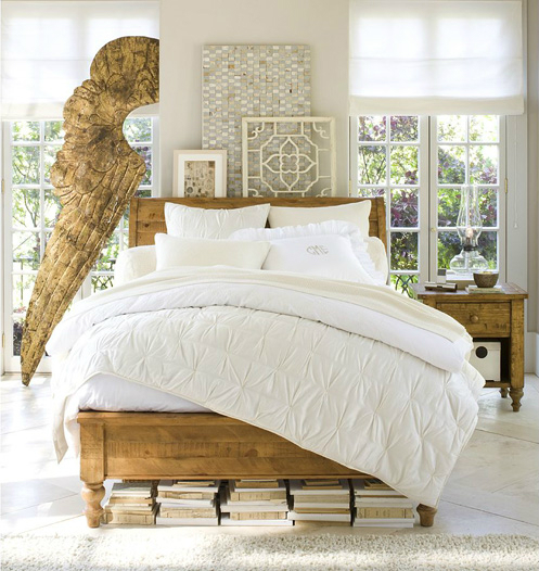 interno letto decorating-interior-with-sculpture-angel-wings