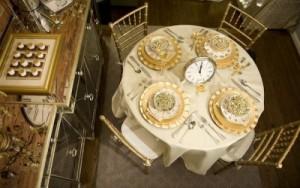 rotonda in oro con orologio eper conto alla rovescia