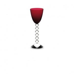 tavola bicchiere-da-vino-marsala La proposta di Baccarat declinata nella tonalità intrigante suggerita da Pantone 2015