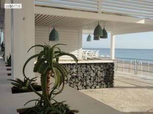 costruire gabbioni natural-design_bancone-bar-pietre-nero-redivita