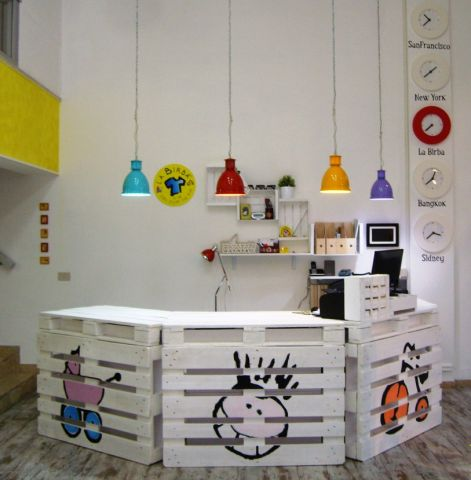 Realizzare desk e banconi creativi blog arredamento for Vendita pallet per arredamento
