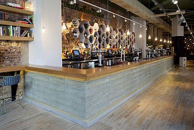 rivestire cemento per il bancone del green restaurant di londra