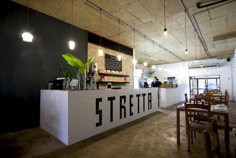 rivestiro mattonelle Stretta è un caffè italiano in Hillcrest, fuori Durban interior designer kevin boyd.co.za