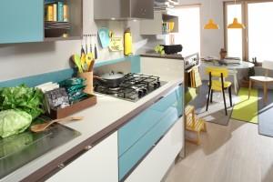 cucina petrolio e giallo allegra cucina