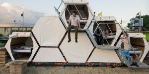 architettura B-and-Bee la tenda ad alveare per andare ai festival o in campeggio con gli amici