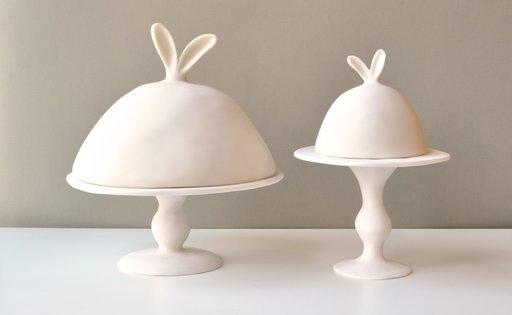 imm coniglio coperchioper alzatina Lapin collezione resina da Tina Frey, $ 216 unicahome.com