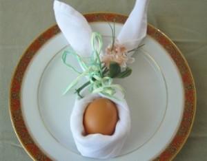 tovagliolo-coniglietto-portauovo