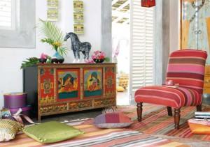 detagli salotto arredamento-esotico-armadietto-lhasa