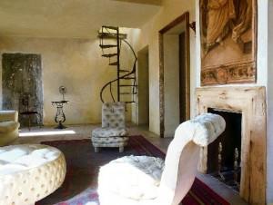 lusso decadnte charme di un interno bohémien a Roma (1)