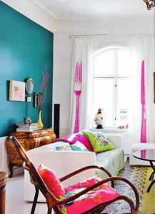salotto bohemian-interiors-color-curtains