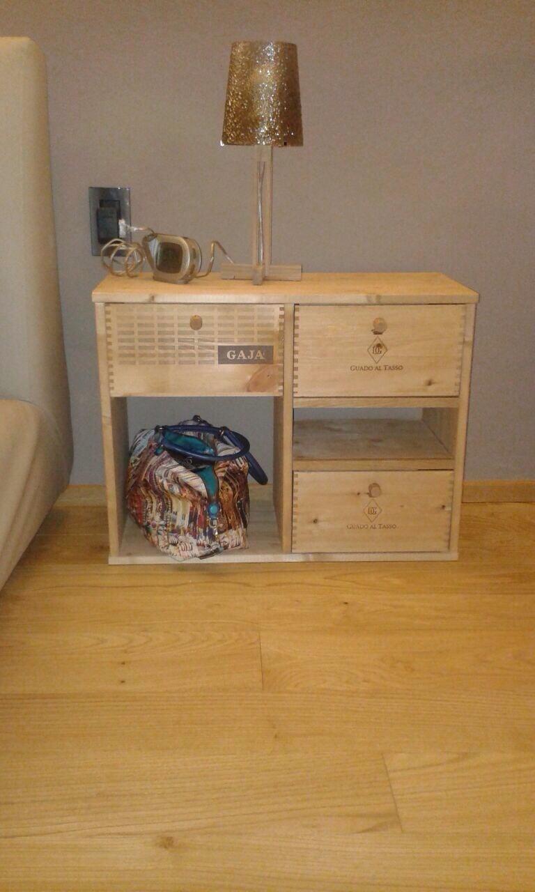I nostri lavori mobili con le cassette del vino www - Mobili di legno ...