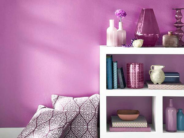 Radiant-Orchid-Paint-Color