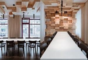 arch Progettato da OOS ditta svizzera per Albert Reichmuth , società operante nel settore vinicolo che si trova a Zurigo, è uno showroom del vino di classe3