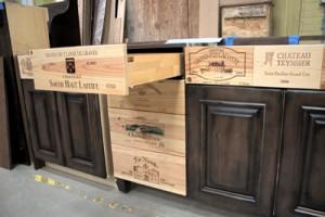 frontale cassetti mobile cucina Wine-Crate-Panel-Credenza