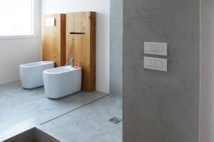 little Piatto-doccia-a-filo-pavimento-cemento-Bagno-Concrete-Design