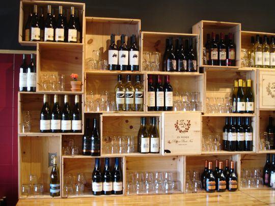 In vino veritas arredare con le cassette del vino