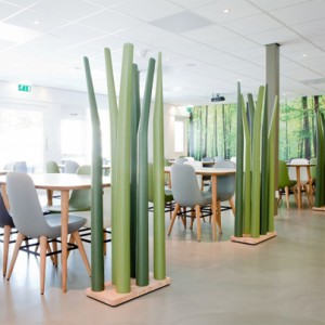 comple Spring per De Vorm progettato da floris schoonderbeek ricorda i fili dell'erba alta www.devom.nl
