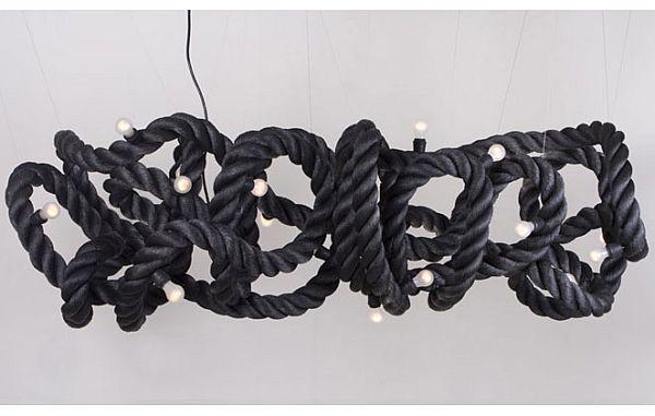 lampada corda diametro 8cm con dentro fil di ferro e filo della corrente!