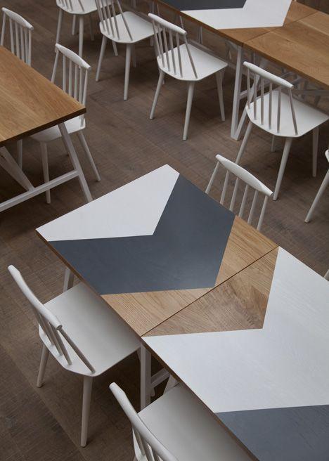 rinnovare un tavolo con la fantasia chevron